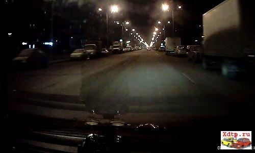 Пьяный водитель на ВАЗ 21099 влетел в Фокус