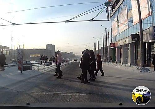 Повезло пешеходу, г. Магнитогорск