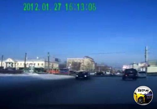 ДТП в Барнауле, Тойота не пропустила ВАЗ 2110