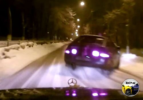 ДТП ВАЗ не уступил дорогу Мерседесу