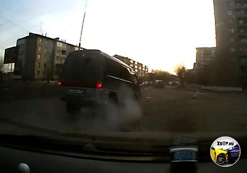 ДТП в Ангарске, летун на микроавтобусе, перевернулся
