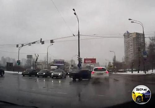 ДТП в Москве, перекрёсток Лобачевского - Вернадского.