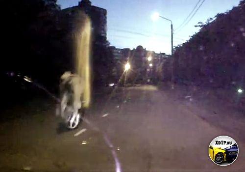 ДТП в Тамбове, скутерист поймал лежачего полицейского