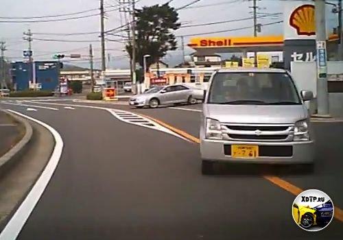 В Японии тоже есть идиоты