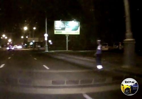 ГАИ сопроводили водителя и его жену в роддом, Минск