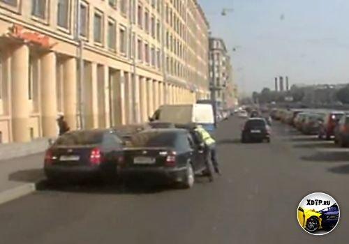 Санкт-Петербург, набережная реки Фонтанки, сбил ДПСника