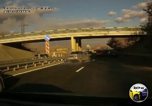 Авария в Липецке на объездной дороге в районе Цемзавода столкнулись 9 автомобилей
