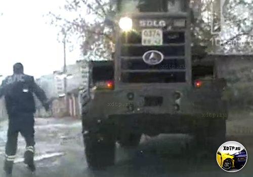 Погоня за трактором в Новокузнецке