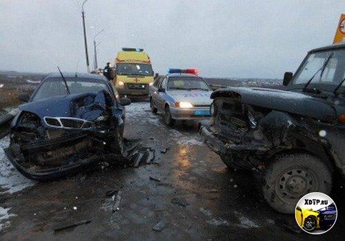 В Республике Коми столкнулись УАЗ и ZAZ Chance
