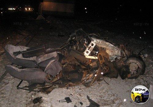 Пять автомобилей столкнулись в Свердловской области